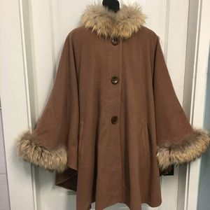 ME-JAY wool/cashmere blend cape with fur trim